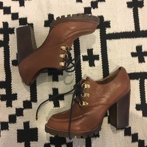 Tommy Hilfiger brown high heeled lace up booties